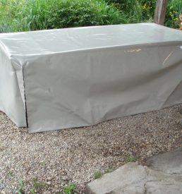 Meubles d 39 xt rieur en bois recycl meubles en merrain - Bache protection table exterieure ...